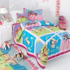 horse bedding for girls - Google Search what a cute little bed!!! Love it.