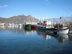 Fishing boats at Houtbay harbour, Western Cape, South Africa.   See large :  farm3.static.flickr.com/2246/1947042359_c366b7445a_o.jpg       Build Your Own Boat