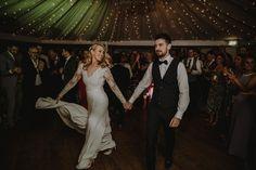 "Rafal Borek on Instagram: ""Let's boogie #weddingdress #rafalborekphotography #firstdance #millhouseslane #millhousewedding #irishweddingphotographer #dublinwedding…"" First Dance, Ireland, Wedding Photography, Let It Be, Wedding Dresses, Instagram, Fashion, Bride Dresses, Moda"