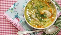 Receita de canja de galinha que faço há anos. Feita com ingredientes simples e com um sabor incrível. Que tal fazer uma hoje?