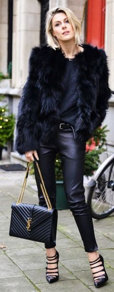 street style all-black everything YSL @wachabuy