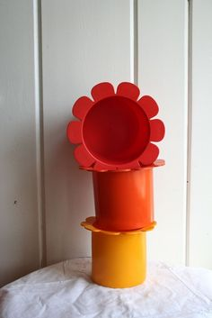 Vintage Gustavsberg Sweden 3 Daisy Shaped Planters Bowls - Magareta Hennix: 1960s Colorful plastic stackers.