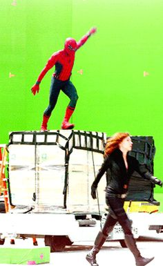 Imagem de black widow, civil war, and gif