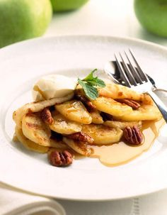 Bramley and Maple Syrup Pancakes | Bramley Apples