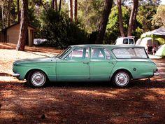 beautiful vintage car, Castlemaine Victoria - by Penelope Neil