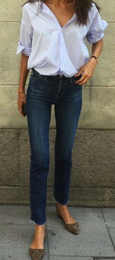 #summer #outfits  Blue Shirt + Skinny Jeans + Leopard Pumps