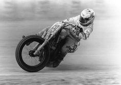 Nicky Hayden stylin it flat track