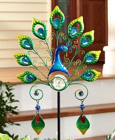 9 Fair Cool Ideas: Fence And Gates Wall split rail fence gate.Fence Lighting Walks wire fence for dogs.Fence And Gates Wall. Broken Glass Art, Sea Glass Art, Stained Glass Art, Fused Glass, Peacock Decor, Peacock Design, Art Diy, Glass Garden, Garden Ornaments
