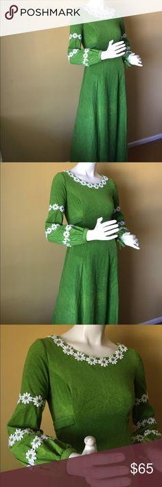 """Vintage green velvet dress Vintage green velvet dress. Zipper in back. Length 56"""", waist 31"""", bust 34"""". Vintage Dresses Maxi"""