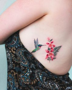 Minimalistic tattoos by Bryan Gutierrez is part of tattoos Arm Mens Sketch - Tattoo artist Bryan Gutierrez, color and black minimalistic flowers tattoo USA Mom Tattoos, Sexy Tattoos, Body Art Tattoos, Small Tattoos, Tiny Bird Tattoos, Tattos, Bird Tattoos For Women, Tattoos For Guys, Pretty Tattoos For Women