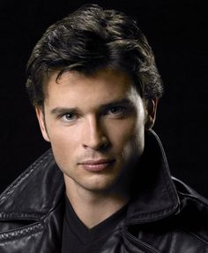 tom welling. It is all about the eyes to play Superman!!