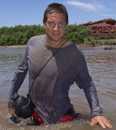 I love the show Man vs Wild, and Bear Grylls is hot ;)