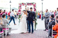 The fun is practically bursting from the seams at this bright and colorful wedding at Alexandria's Torpedo Factory Art Center. From the playful use of chevron patterns to the energetic portraits, one glance through these photographs by Sincereli makes it...