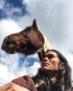 "Booboo Stewart on Instagram: ""• RimRock • . . . #horses #painthorse #quarterhorse #horse #photography"" Pretty Men, Beautiful Men, Iphone 5s, Iphone Cases, Native American Photography, Paint Horse, Booboo Stewart, Indian Horses, Nicole S"
