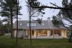 Johan Sundberg transforms Swedish summer house with larch wood Residential Architecture, Architecture Design, Style At Home, Rural House, Villa, Colorado Homes, Swedish House, Scandinavian Home, Home Fashion