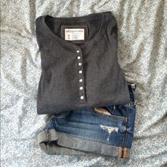 Aeropostale long sleeve shirt Fully functioning buttoned long sleeve shirt. Stretchy and flattering. Perfect paired with jeans. NWOT Aeropostale Tops Tees - Long Sleeve