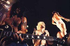 Guns N' Fuckin' Roses !!!!