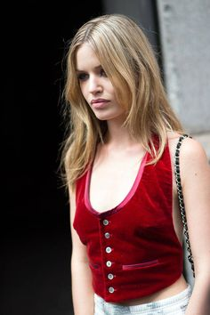 Georgia May wearing the same a Tommy Hillfiger vest she had worn on the runway. #GeorgiaMayJagger #NYFW