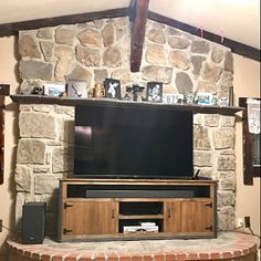 Rustic Industrial Barn Board Media Stand TV Stand w/ Sliding Barn Doors Centro Tv, Rustic Wine Cabinet, Wooden Planter Boxes Diy, Rhode Island, Large Storage Cabinets, Wood Entertainment Center, Grande Armoire, Sliding Barn Door Hardware, Sliding Doors