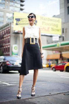 http://thecitizensoffashion.files.wordpress.com/2013/09/best-street-style-looks-at-new-york-fashion-week-springsummer-2014-25.jpg?w=800&h=1200からの画像