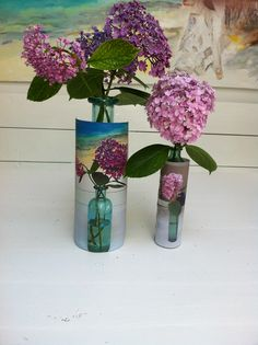 Maak een foto van een bloem en print hem uit en plak die foto dan ergens op