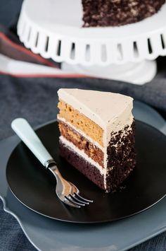 butterscotch pumpkin chocolate cake / looks almost ombre!