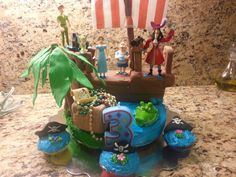 Peter Pan cake - pirate food