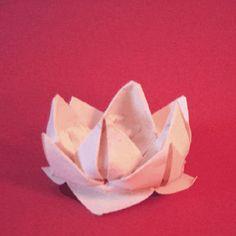 Crea con la carta un bel fiore di loto origami in modo facile