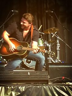 Chris Young getting down at CMC Rock The Hunter in Australia. Photo by Lee Woodside!