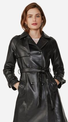 Coats For Women, Jackets For Women, Long Leather Coat, Leather Jackets, Leder Outfits, Rain Wear, Leather Fashion, Lady, Double Breasted