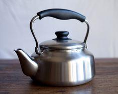 10 Timeless Tea Kettles — Product Roundup
