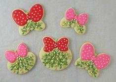 Christmas Mistletoe Cookies with Klickitat Street {Guest Post} - Sugarbelle