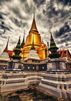Dramatic Photography: Wat Phra Kaew Temple of the Emerald Buddha, Bangkok, Thailand