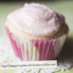 Vegan Champagne Cupcakes with Strawberry Buttercream | Made Just Right by Earth Balance #vegan #plantbased #earthbalance #recipe #cupcake