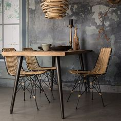 Add a natural element to your interior with the Dutchbone Kubu Rattan Pendant Lamp. Rattan Lampe, Rattan Dining Chairs, Dining Table, Diy Abat Jour, Casa Wabi, Interior Decorating, Interior Design, Design Design, Beautiful Kitchens