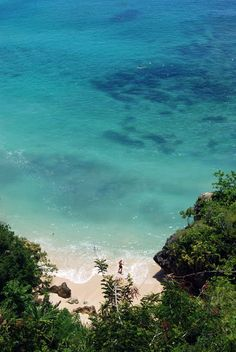 Crystal clear beach! at Padang-Padang Beach, Bali, Indonesia. submitted by:fairuzmayya, thanks!