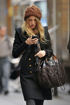 Winter style inspiration from Serena, we mean, Blake Lively #beanie #winter