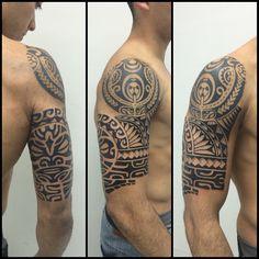 "141 Likes, 2 Comments - Gustavo Teixeira Franzoni (@guteixeiratattoo) on Instagram: ""Mais uma sessão. Ainda falta a parte do ombro e as costas. #maoritattoo #maori #polynesian…"""