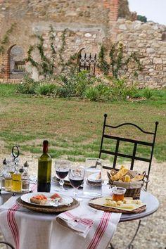 Italy - Tuscany Set table for lunch at Relais Sant'Elena - Bibbona