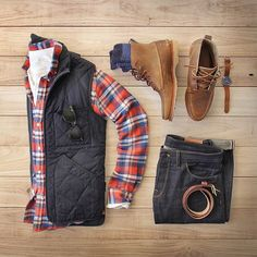 Outfit grid - Checks & body warmer