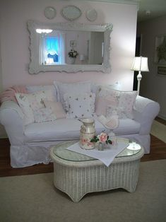 Shabby Chic Bath Decor Design, Pictures, Remodel, Decor and Ideas - page 76