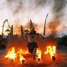 Kecak Fire Dance Uluwatu Temple