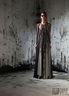 Basil Soda - Ready-to-Wear - Pre-fall 2014 - http://www.flip-zone.net/fashion/ready-to-wear/fashion-houses-42/basil-soda-4436