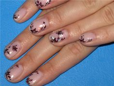 red flower on nude  or natural nail