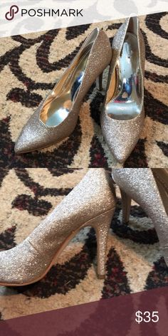 Gianni Bono Platinum collection gold heels These were worn for a wedding for a few hours. Gianni Bini Shoes Heels
