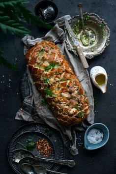 May 7, 2020 - Cheesy Garlic Pull Apart Bread loaded with cheese garlic herb butter. Cheesy Garlic Pull Apart Bread is quick under 30 mins. Good for party as an appetizer. Kitchen Recipes, New Recipes, Vegan Recipes, Dinner Recipes, Favorite Recipes, Fall Recipes, Delicious Recipes, Bread Recipes, Dinner Ideas