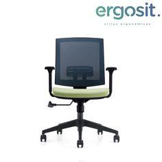 ▪️Silla Kubik ▪️Permite la relajación de tu espalda y te ayuda a tener una buena posición de trabajo _________________ #diseño #silla #art🎨