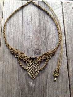 Macrame boho leaf necklace elven jewelry with por creationsmariposa