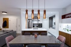 Dining table and kitchen island - Grey and white Grey Kitchen Island, Grey And White, Dining Table, Construction, Ceiling Lights, Lighting, Projects, Design, Home Decor