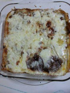 Malzemeler: 4 orta boy kabak , 1 soğan, 3 diş sarımsak, 1 yemek kaşığı domates salçası , 1/2 domates rendesi 2 küçük havuç , 5-6 yemek kaşığı Zeytin yağı veya Çiçek yağı , 500 gr kıyma(Az yağlı), 1 yemek kaşığı kırmızı biber, 1 yemek kaşığı karabiber, 1 yemek kaşığı kimyon, Bir miktar tuz En üstü … Lasagna, Ethnic Recipes, Food, Essen, Meals, Yemek, Lasagne, Eten